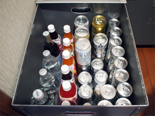 棚下飲料収納パスコ02.jpg