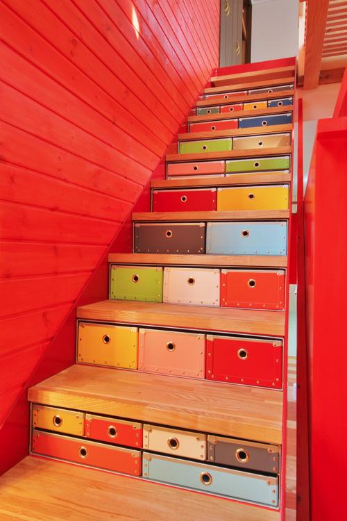 階段下パスコ3.jpg